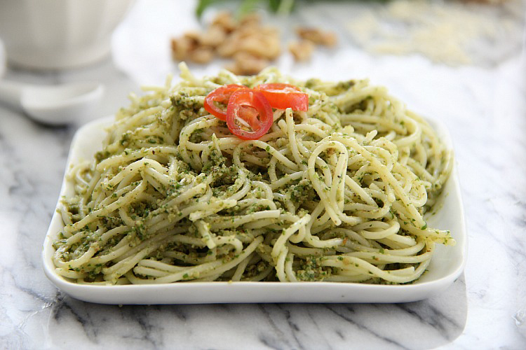 Arugula Walnut Pesto 3