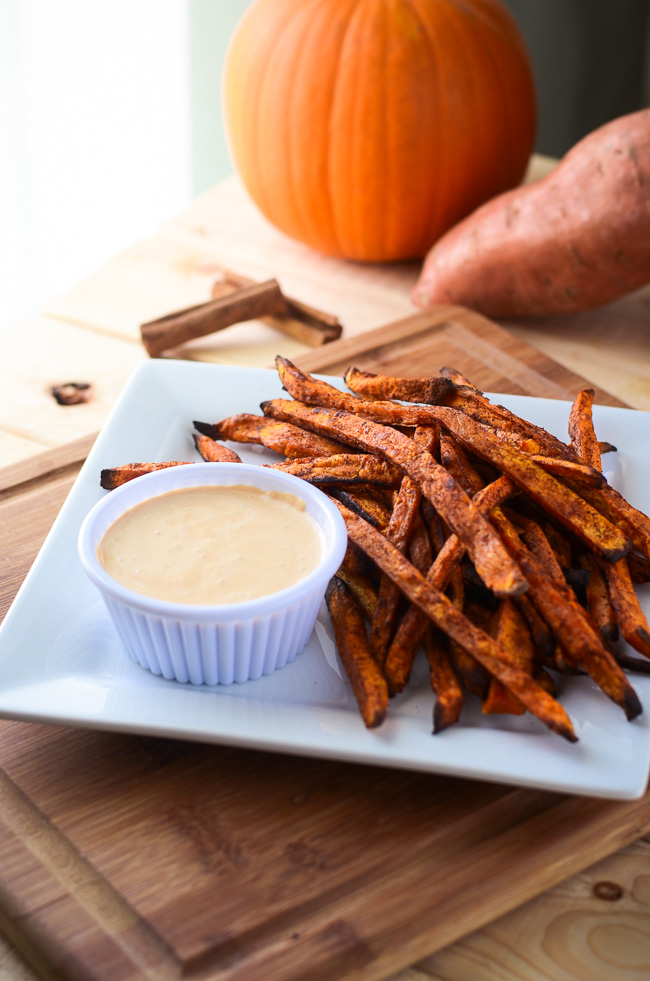 Pumpkin Spiced Sweet Potato Fries with Caramel Marshmallow Dipping ...