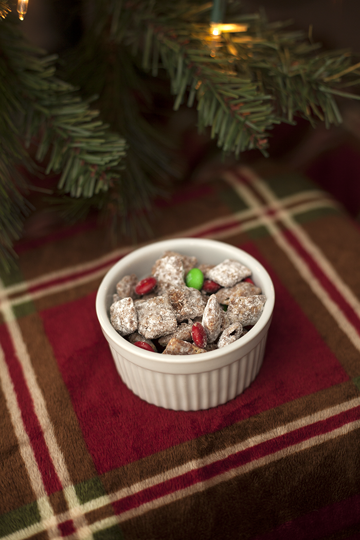Christmas Puppy Chow.Reindeer Puppy Chow
