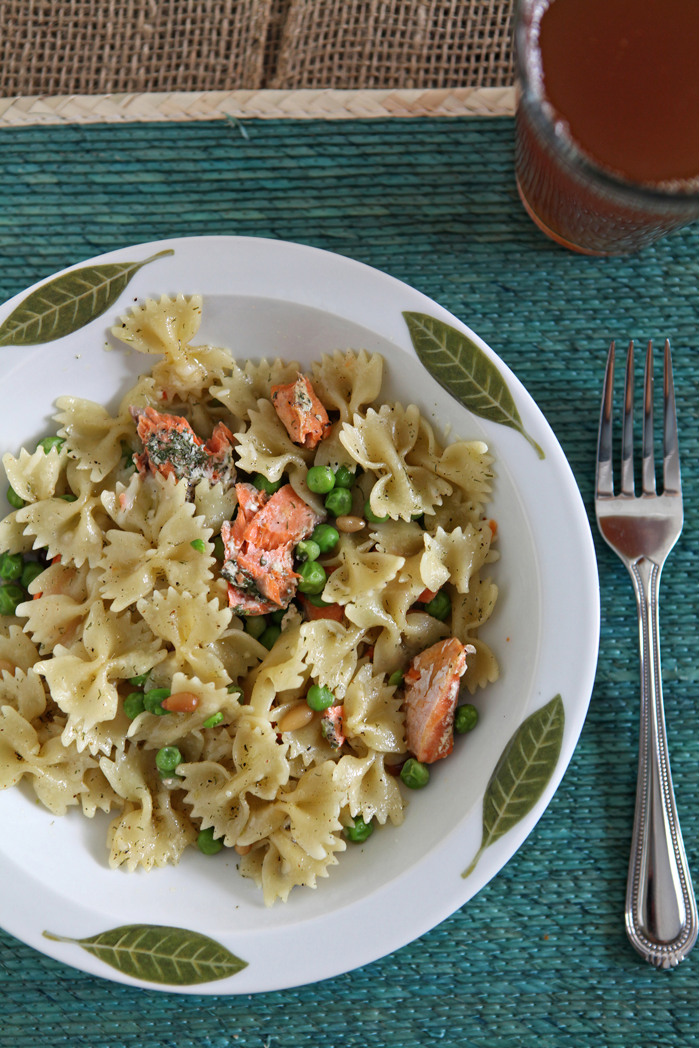 Lemon Salmon Pasta // @speckledpalate for @mycookingspot