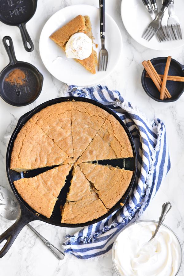 snickerdoodle-skillet-cookie-01