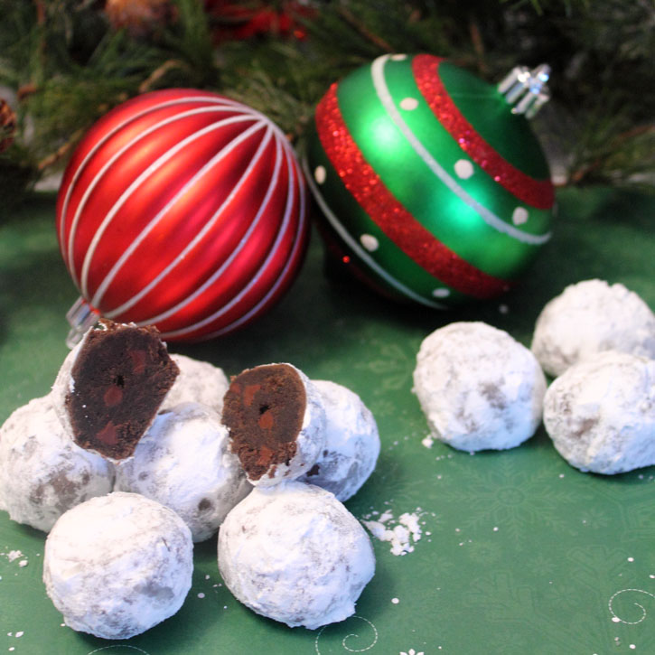 Chocolate Russian Tea Cake Snowballs