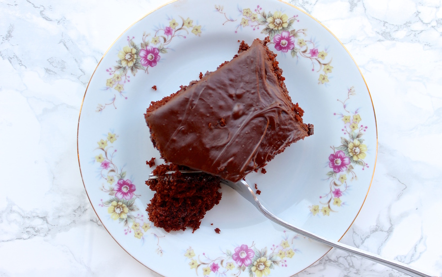 Egg Free Chocolate Cake With Vinegar